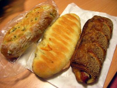12.02.07ベッカライアインのパン