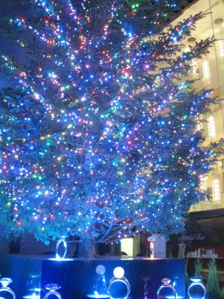 銀座通りのツリー2