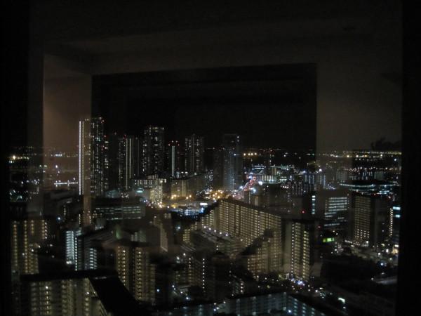 高層マンションからの夜景