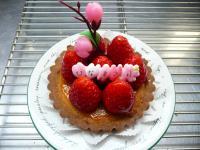 おひな祭りの苺タルト