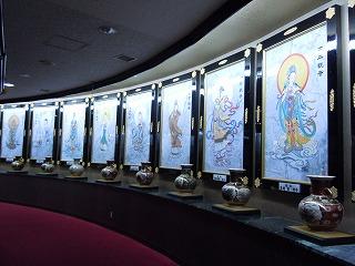 神様の絵いっぱい