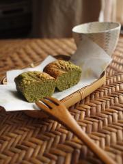 煎茶のトルタチョコラータ