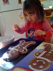 making gingerbread man