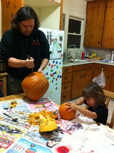 carvingpumpkin2011.jpg