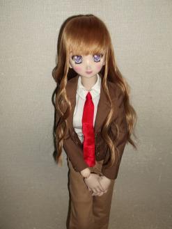 髪はアニメではこっちの色