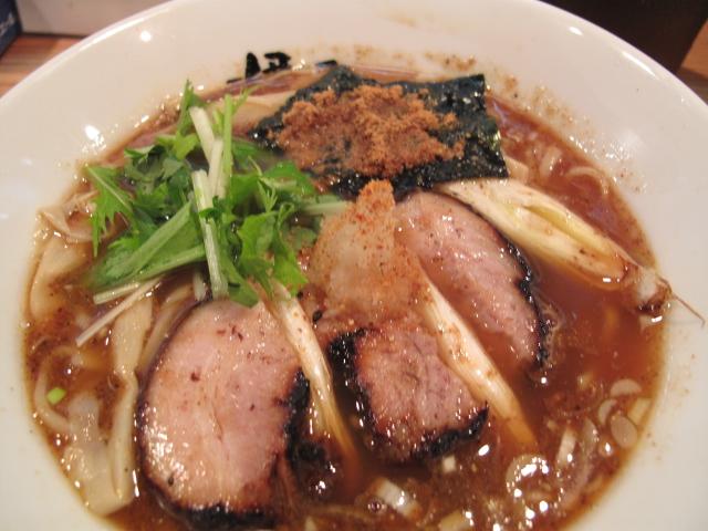 秋の四季彩菜麺「秋刀魚燻し醤油」