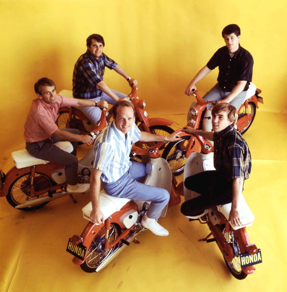 The-Beach-Boys-the-beach-boys-33528068-585-594.jpg