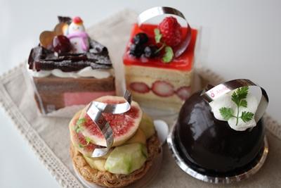 cakes-20131205.jpg