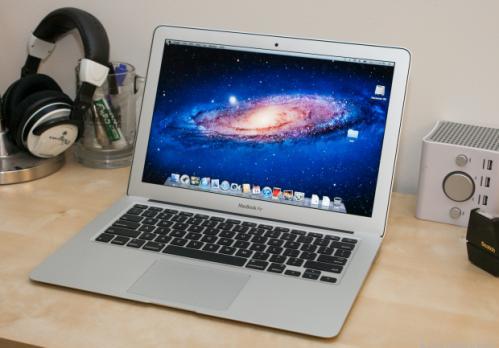 MacBook_Air_13-inch_35330106_01_620x433.jpg