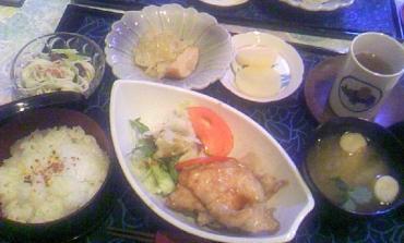 旅館の昼食
