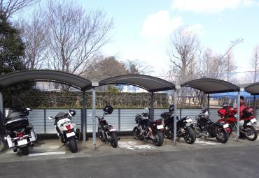 ガラガラ駐輪場