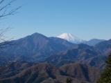 石老山から見る蛭ヶ岳と富士山