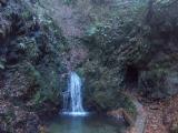 金剛の滝(雌滝)とトンネル