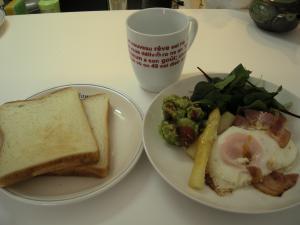 ホワイトアスパラ朝食