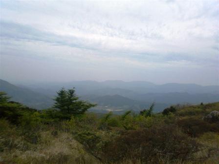 岩樋山頂上からの景色1
