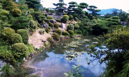 毛利庭園 池2