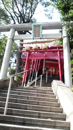P金光稲荷神社 階段