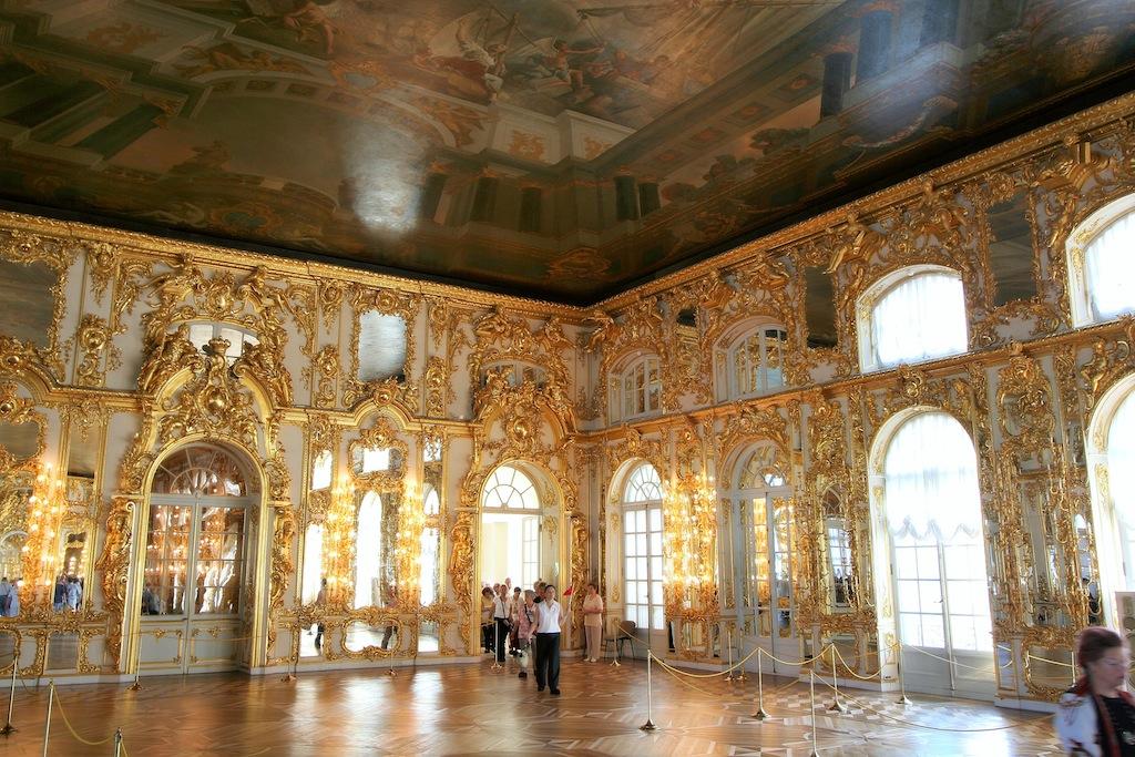《エカテリーナ宮殿・「舞踏会の間」》(サンクトペテルブルク)