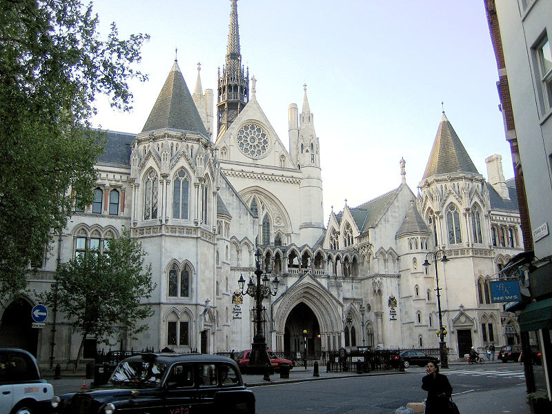 800px-Royal_courts_of_justice.jpg