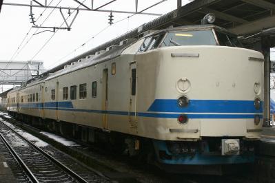 D12編成 普通列車福井行き