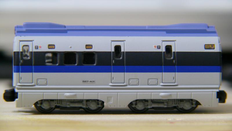 7号車(完成形-側面)