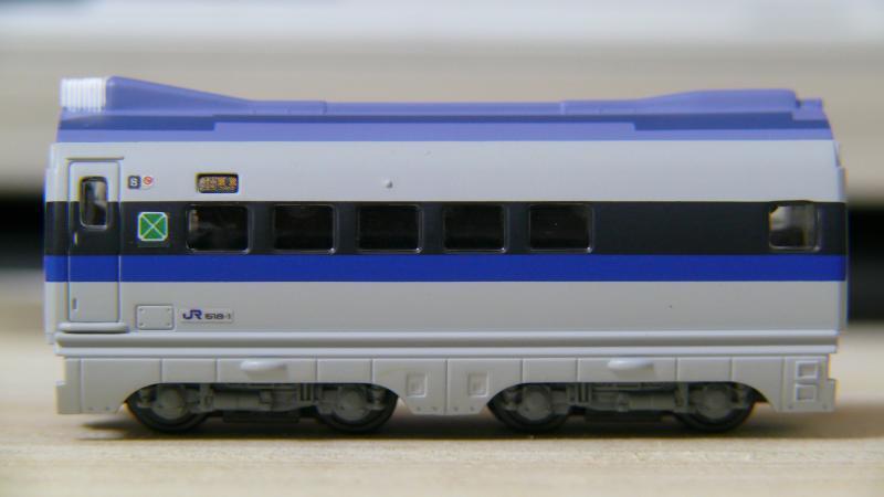 8号車(完成形-側面)