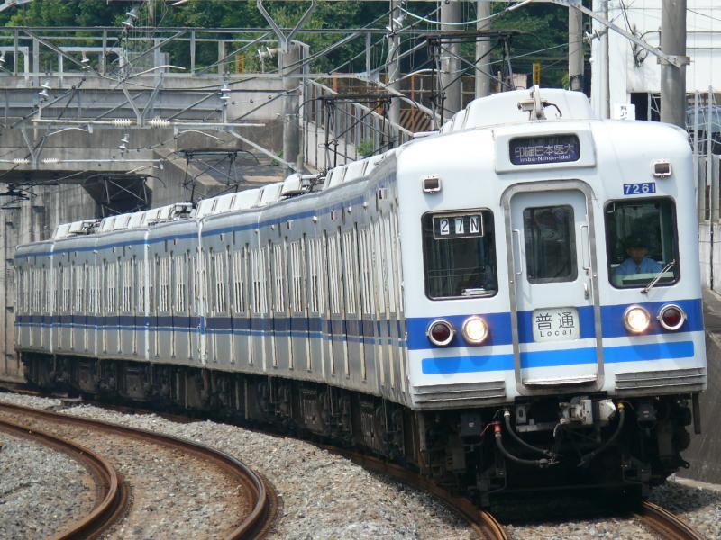 北総7260系 7268編成(北総線 松飛台駅にて)