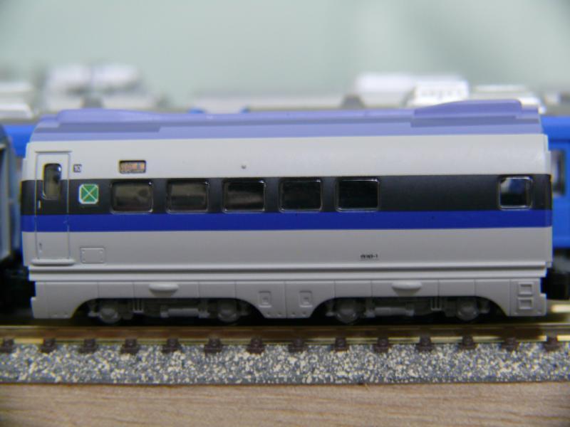 10号車(完成形-側面)
