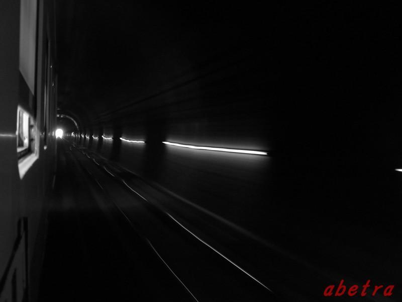 トンネル・ライト