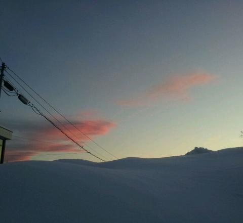 雪山と夕焼け。