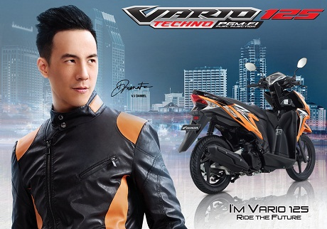 Vario-Techno-125-PGM-FI-Overview-2.jpg