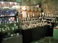 宮殿内の土産物屋