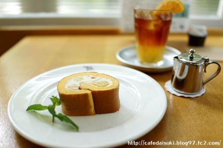 NASU SHOZO CAFE◇メロンのロールケーキ&アイスオレンジティー