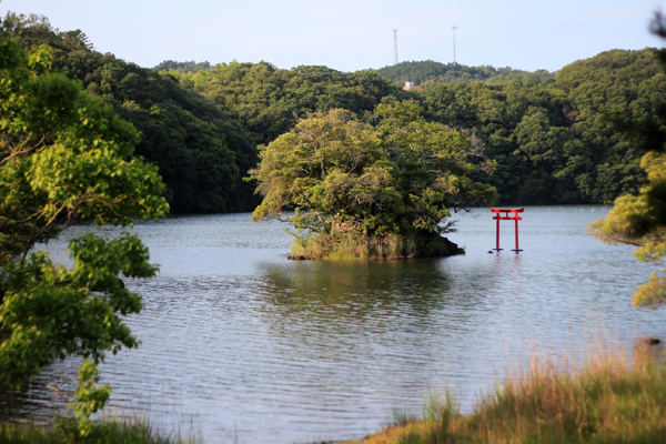 02一碧湖