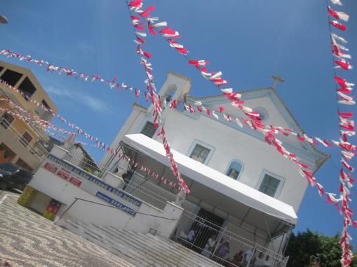 道場の裏の丘にある聖ラザロ教会