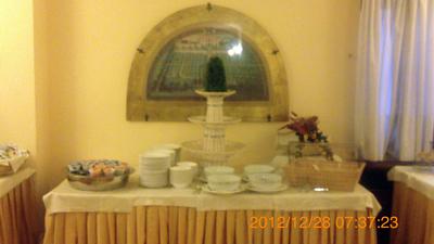 ホテルの朝食inパレルモ02