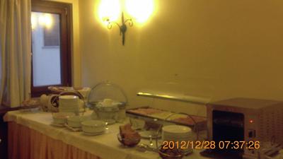 ホテルの朝食inパレルモ03