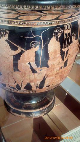 アグリジェント考古学博物館04デルフィのアポロン神殿生け贄