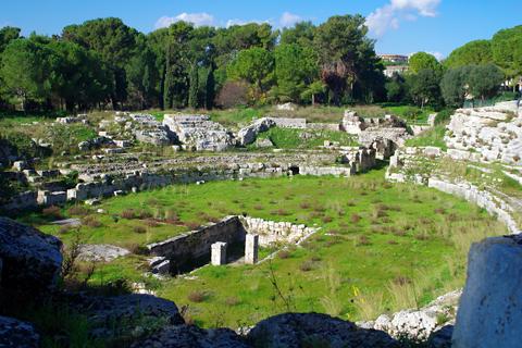 ネアポリ考古学公園古代ローマ円形闘技場inシラクーサ