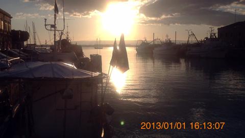 オルティージャ島南側の橋から夕陽inシラクーサ