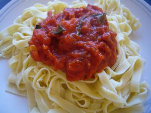 Cooking_Jamie_PastaTomatoSauce