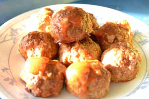 Cooking_Light_GingeryPorkMeatballs