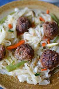 Cooking_Light_GingeryPorkMeatballsNoodles