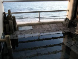 201204_hakodate-nagisa.jpg