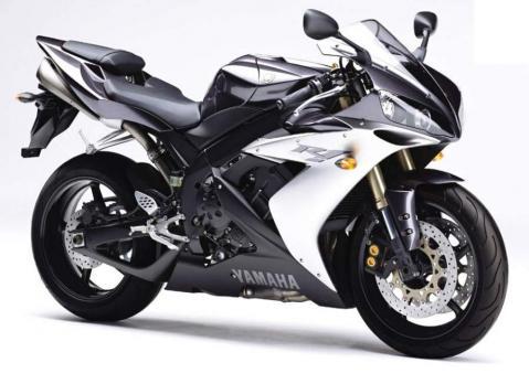Yamaha R1 04 3