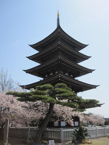 日泰寺5重の塔