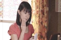 中川とのデートで化粧している夏子
