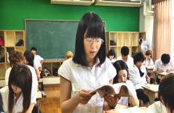 授業をしているケイコ先生