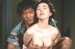 乳房を揉む大七