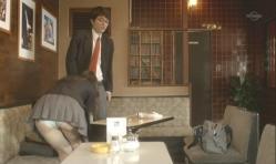 嘉郎の股間をふきふき、三養基のバックパンチら。微妙に違います。